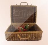 Плетеные сундучки и чемоданы