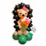 """Фигура из шаров """"Ежик с цветами"""""""