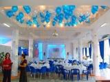 Шары под потолок (белые, синие)