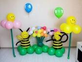 """Композиция из шаров """"Пчелки"""""""