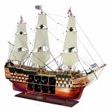 Сувенирный корабль с минибаром